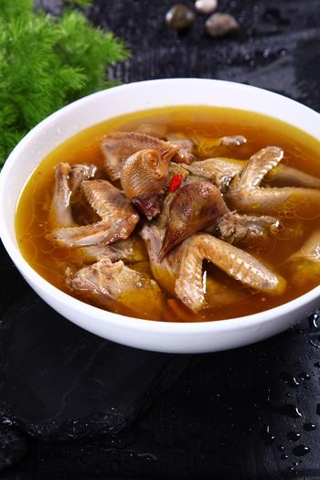 清炖广场汤管理软件乳鸽美食口档图片
